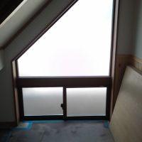窓の目隠しフィルム